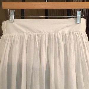 White maxi skirt. Price firm